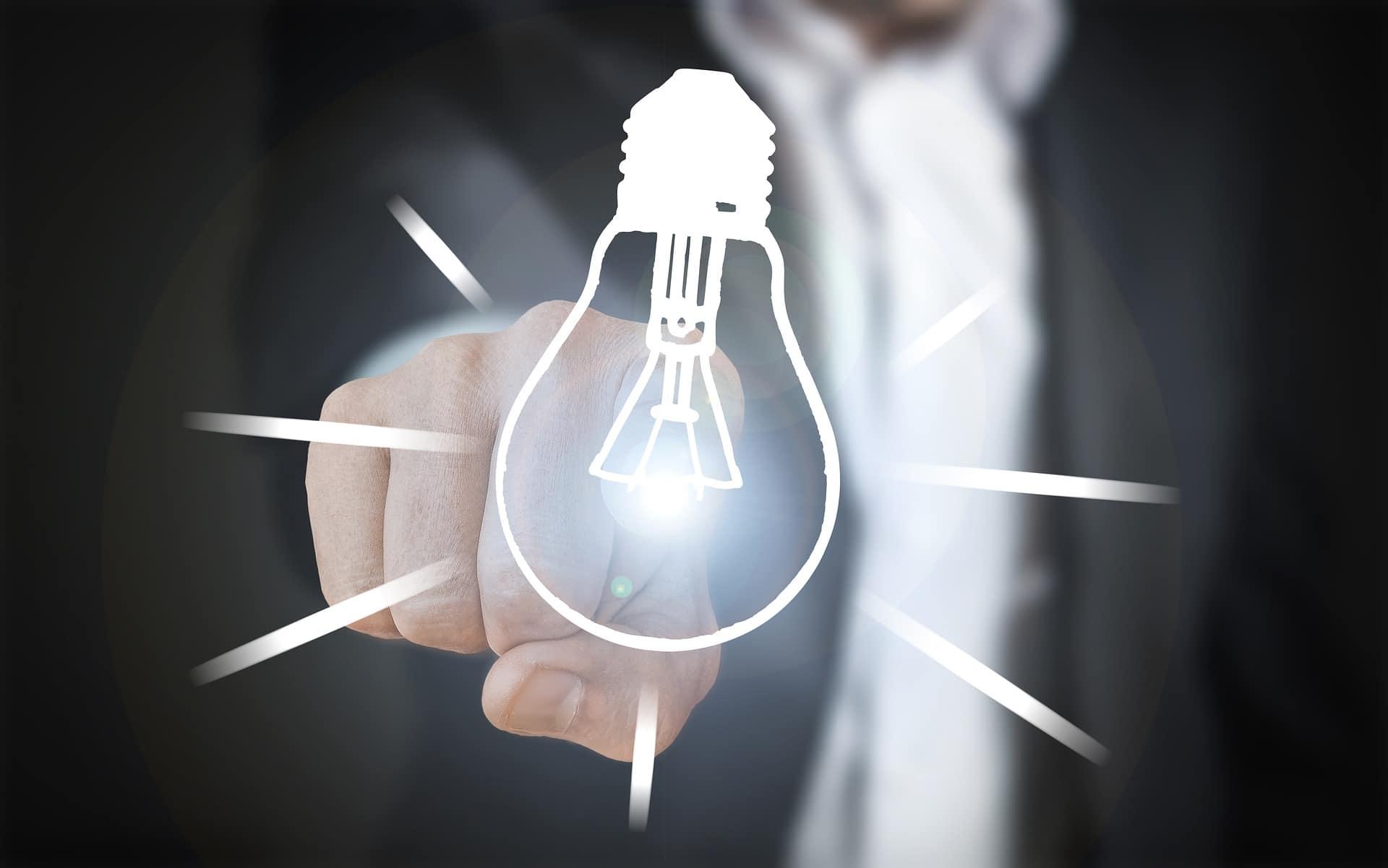Digitale Sprechstunde – unser Vorstand Ingo Scheidweiler berät mit der IHK Hessen innovativ mittelständische Unternehmer in Fragen der digitalen Transformation